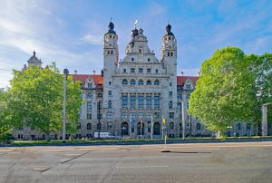 new-town-hall-2390912_1920